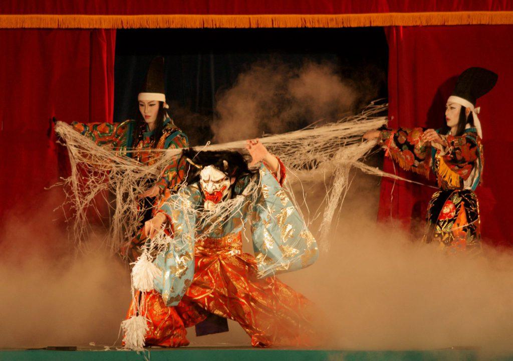 吉和神楽団(滝夜叉姫)
