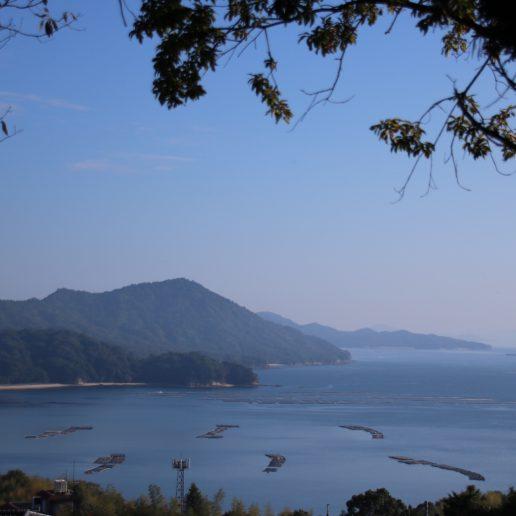 瀬戸内海を一望できる三県一望の地